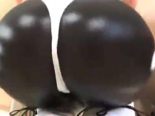 섹시한 반짝이 엉덩이 운동