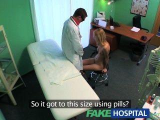 가짜 병원 섹시한 금발의 분출