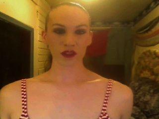 매끄러운 포니 테일 chainsmoking 암컷