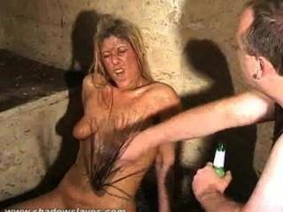 쓰레기 소녀 더러운 굴욕과 더러운 노예의 기괴한 bdsm