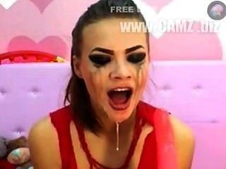 미친 deepthroat 소녀 1 하드 코어