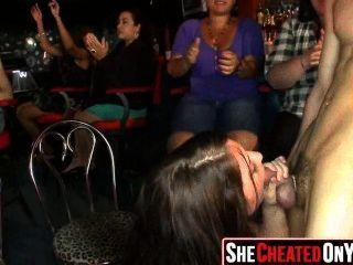 클럽에 잡힌 39 명의 뜨거운 매춘부 168