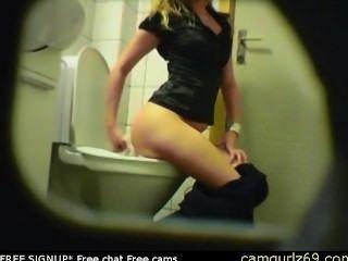 금발 아마추어 십대 화장실 엉덩이 엉덩이 숨겨진 스파이 캠 뱃사공 9 무료 섹스 라이브