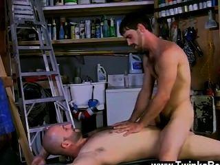 뜨거운 동성애자 조는 진짜 남자 야.