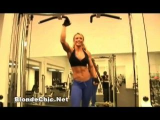 섹시한 여성 근육 애호가 비디오 12