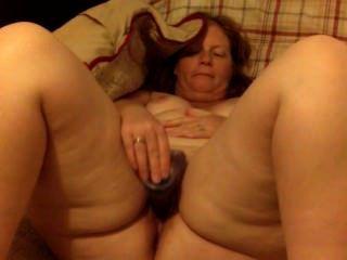 큰 엉덩이 빨간 머리 아내 milf는 딜도 라구 딜로와 자위
