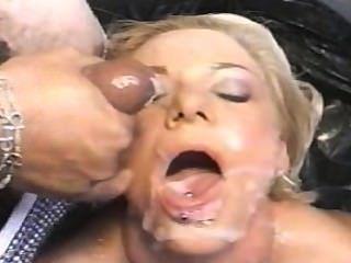 아메리칸 bukkake 12 scene 3 케이트 프 로스트