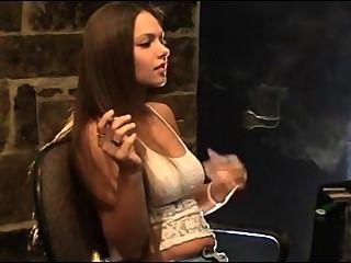 린 페티쉬 흡연.