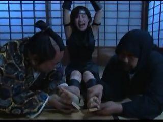 일본인의 주먹을 주름살
