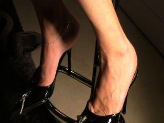 섹시한 신발에 성숙한 밑창