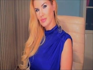 파란 드레스 금발의 웹캠