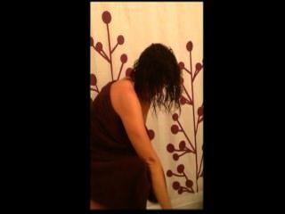 샤워와 승마에서 아내