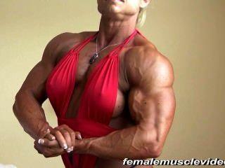 큰 여성 근육
