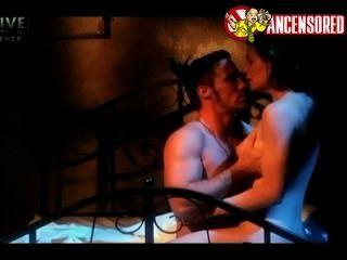 테리 노턴 섹스 장면 먼지 악마 (1992)