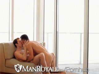 뜨거운 욕조에서 키스하는 hd manroyale은 빌어 먹을