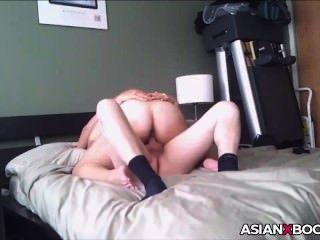 큰 엉덩이 아시아 베이비 라이즈 거시기