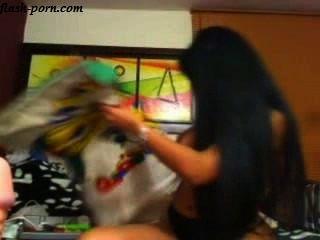 갈색 머리 긴 머리카락 웹캠 플래시 porn.com