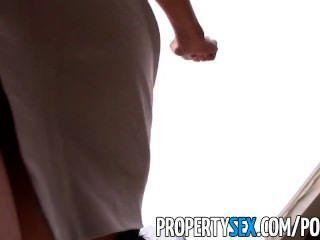 섹시한 섹시 아시아 부동산 중독자가 속여 섹스 비디오 만들기