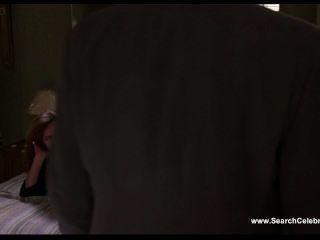 레나 올린 로미오가 피고있다.