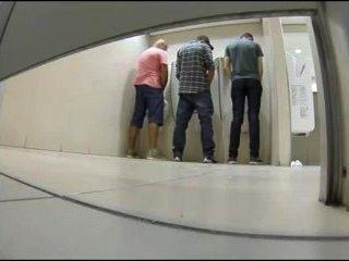 공공 화장실에서 섹스를하는 트윙크 / 트윙크, които правят секс в обществе