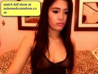 매우 섹시한 아시아 소녀