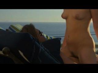 예술 섹스의 해변에서 여름 사랑