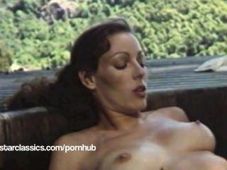 레즈비언 고전 포르노 스타 annette 피난처 슈퍼 온수 욕조 액션