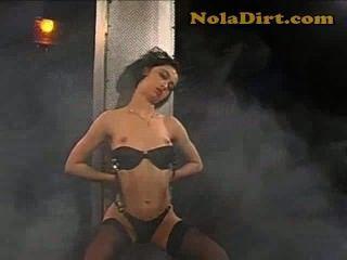 검은 색 뜨거운 아마추어 루마니아어 스트리퍼 창녀