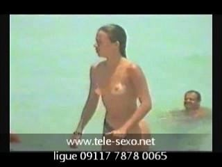 spycam 해변 토플리스 소녀 www.tele sexo.net 09117 7878 0065