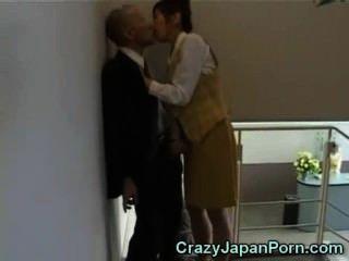 도쿄 사무실에서 미친 손놀림!