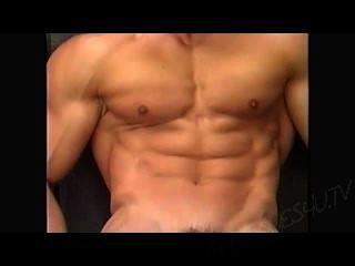 씨.근육맨 파티오 포즈