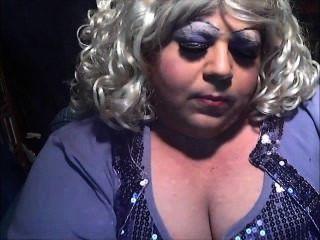 다이애나 시시 연기 매춘부