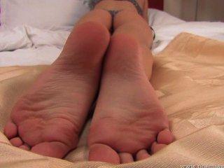 맨발의 란제리