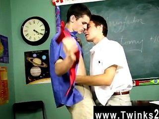 섹시한 게이 섹스 krys perez는 믿을 수 없을 정도로 징계 교수입니다.