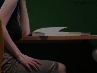 도서관에서의 braless