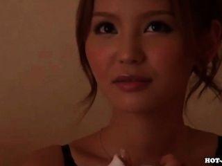 일본 소녀가 달콤한 개인 교사를 유혹합니다 .avi